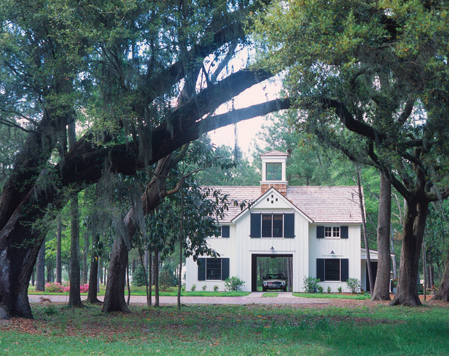 Lowcountry carriage house traditional exterior by for Low country homes