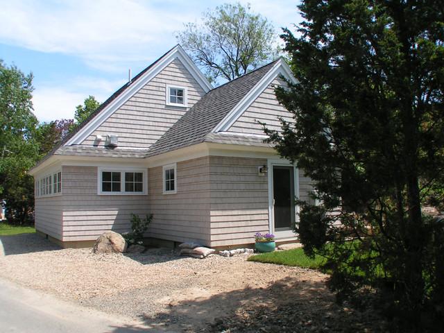 Shaw exterior 2 traditional-exterior