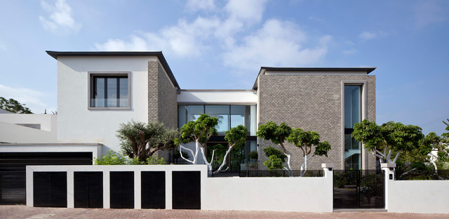 Luxury villa in israel modern exterior other metro for Model facade villa moderne