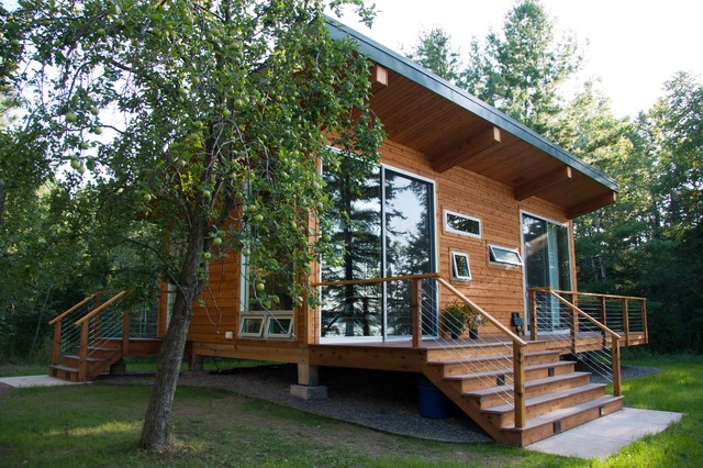 Madeline Island Guest House Contemporary Exterior