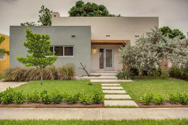 Mango Tree House Contemporary Exterior