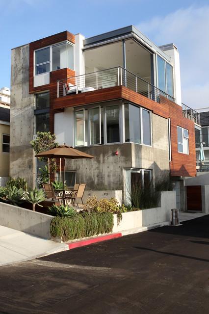Manhattan Beach Ultra Modern Whole House Exterior Remodel Modern