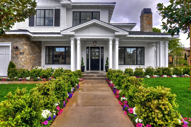 Manning Homes traditional-entry