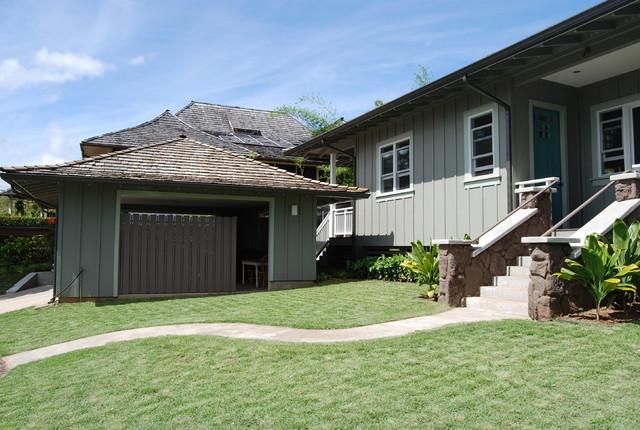 Manoa Valley Residence tropical-exterior