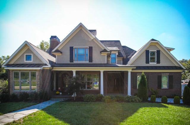 Maplewood touch on frank betz design in jefferson park for Frank betz homes for sale