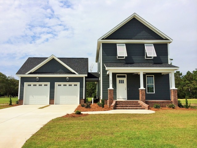 Mariner's Point in Morehead City transitional-exterior