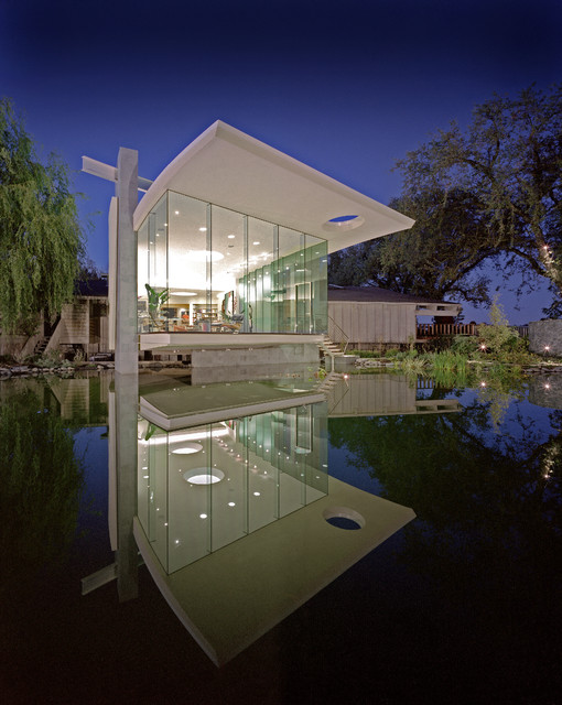 Mark Dziewulski: Lakeside Studio modern-exterior