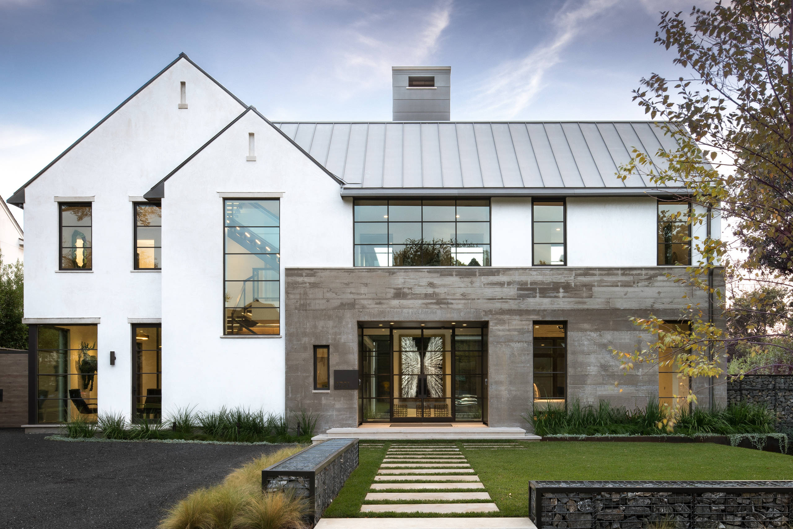75 Beautiful Modern Gable Roof Pictures Ideas January 2021 Houzz