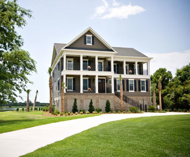 Marsh Living traditional-exterior