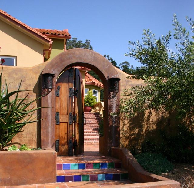 Mediterranean Style Front Doors: Mediterranean Exterior