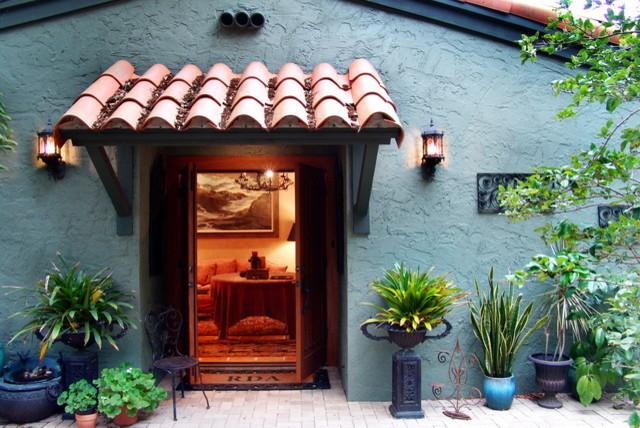 Mediterranean Patio and Art Collection Addition mediterranean-exterior