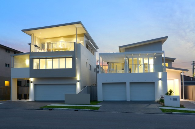 Merewether 2 new houses at the beach beach style for Beach house designs newcastle
