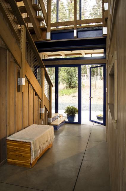 Mesa View Residence, Arroyo Grande contemporary-exterior