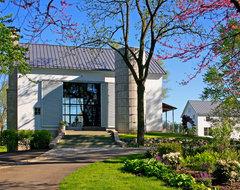 Michigan Barn farmhouse-exterior