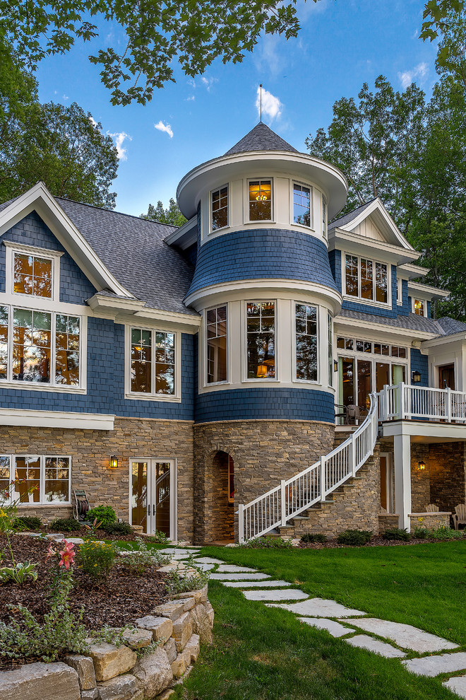 Traditional exterior home idea in Grand Rapids