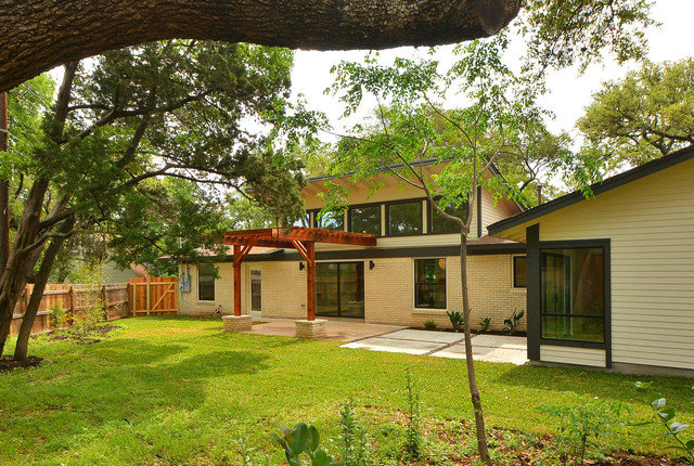 Mid Century Addition And Remodel Modern Exterior Austin By Brett Grin