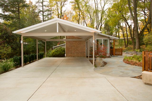 Mid Century Modern Carport Traditional Exterior Dc Metro By Christine Kelly Crafted