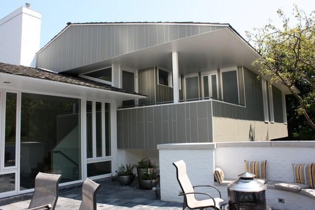 mid century modern green renovation midcentury exterior chicago