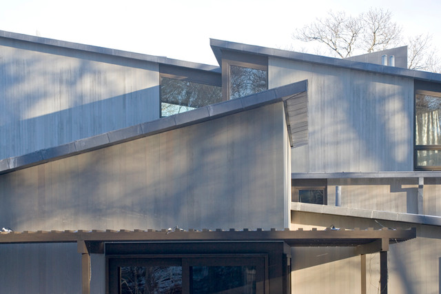 Mid Century Modern House Modern Exterior Chicago By Roberts Construction