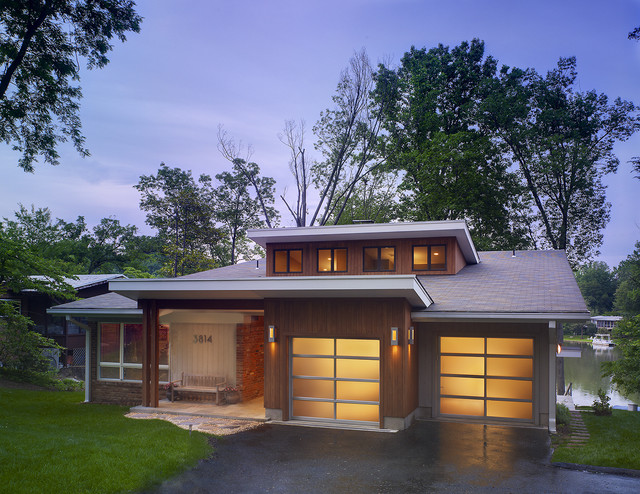 Mid Century Modern Lake House Exterior Dc