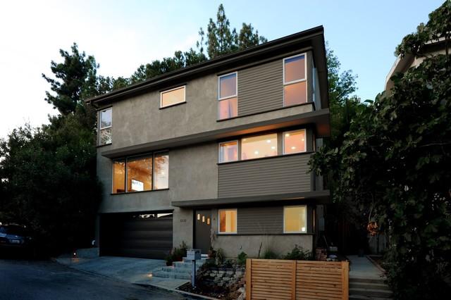 Garage exterior decor - Mid Century Modern Remodel Facade Exterior San