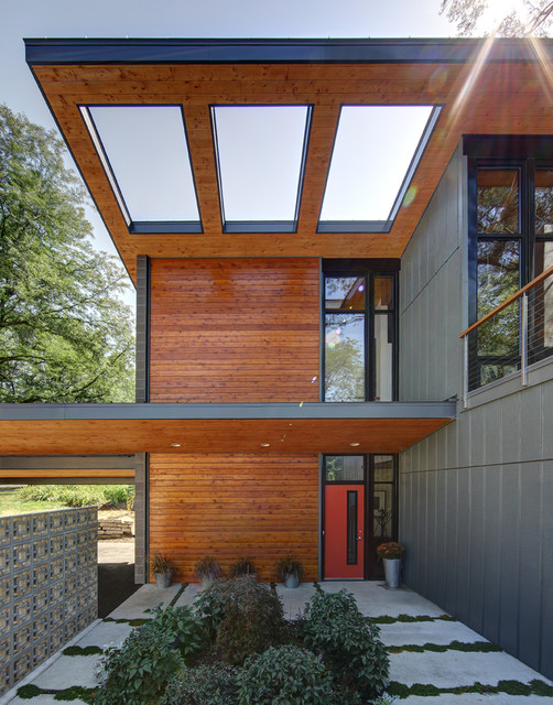 Midvale Courtyard House - Contemporary - Exterior - Milwaukee - by