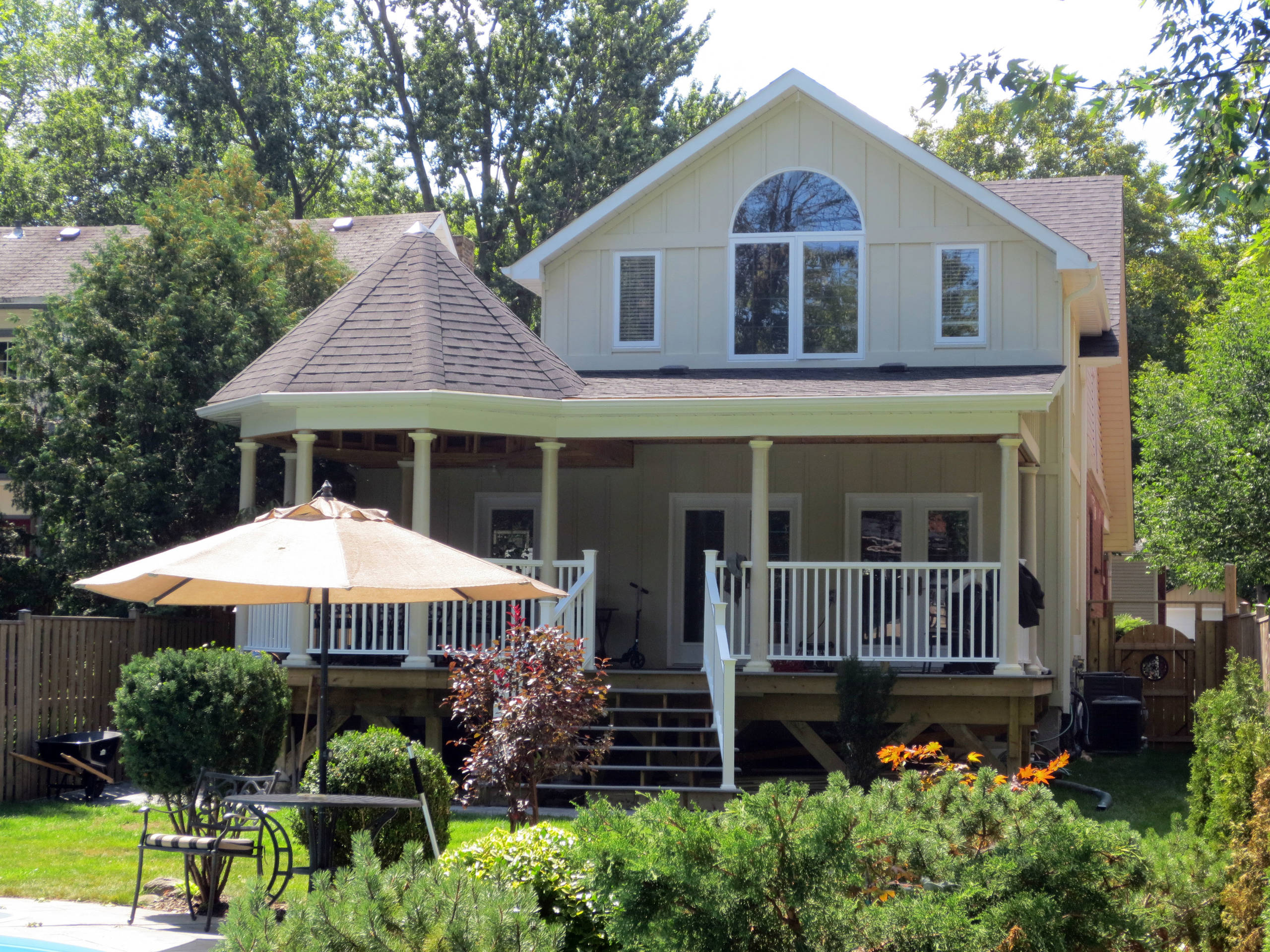 Mill, Brampton - Addition, porch and Gazebo on heritage home