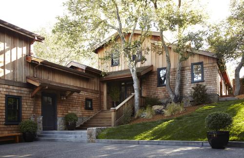 traditional exterior by Urrutia Design