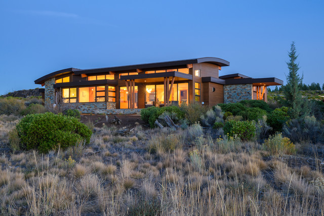 Modern bend oregon home contemporary exterior other for Home designers bend oregon