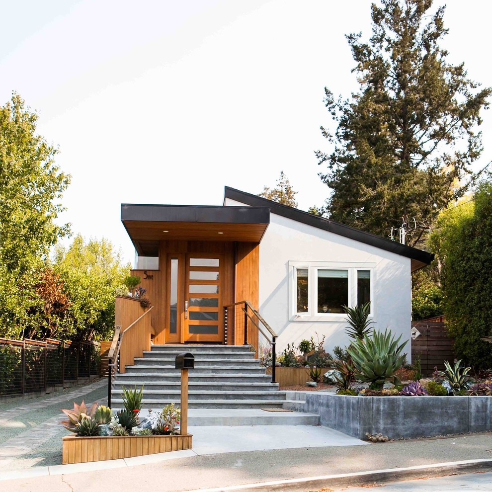 Houzz Home Design Ideas: Unique Contemporary Exterior Design By