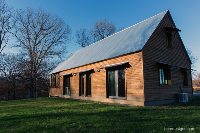 Modern Cabin Farmhouse Exterior kansas city by Acre Designs