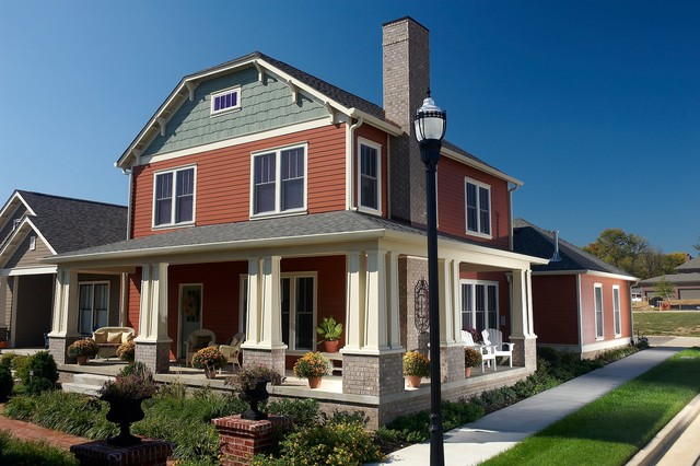 Modern Cottage style Home With LP SmartSide Traditional