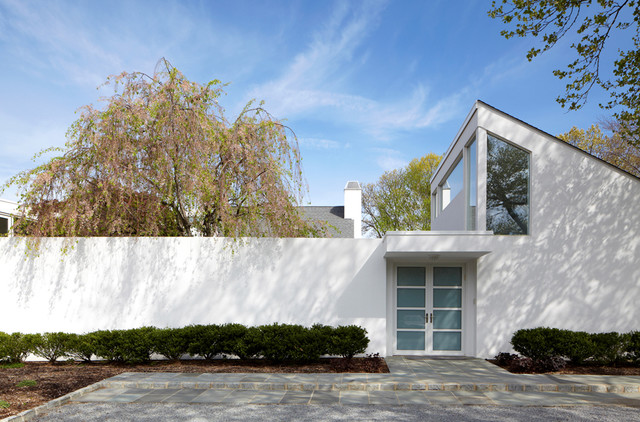 Interiors of the Mill Neck Residence modern-exterior