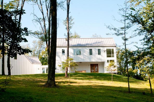 Modern farmhouse farmhouse exterior other by lee for Farmhouse architecture design