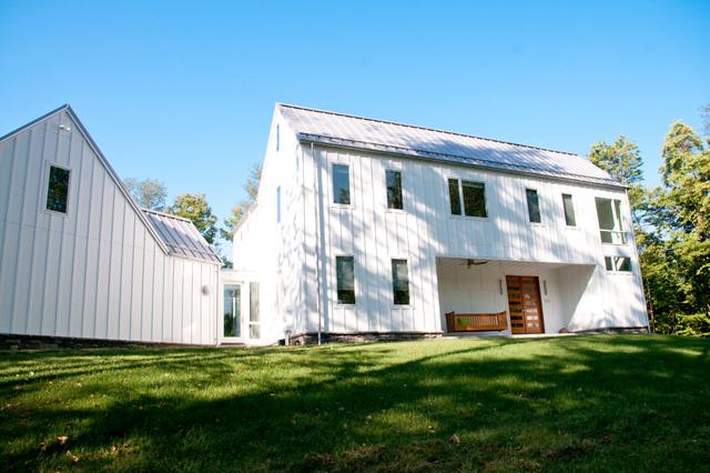 modern farmhouse - Farmhouse - xterior - Other - by lee LISI ... - ^