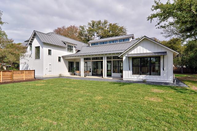 Landhausstil modern haus  Modern Farmhouse - Landhausstil - Häuser - Austin - von Redbud ...
