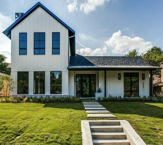 Modern Farmhouse Farmhouse Exterior Dallas By Yours