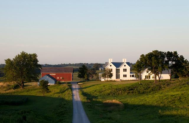 Modern Iowa Farmhouse Transitional Exterior Cedar Rapids By Neumann Monson Architects