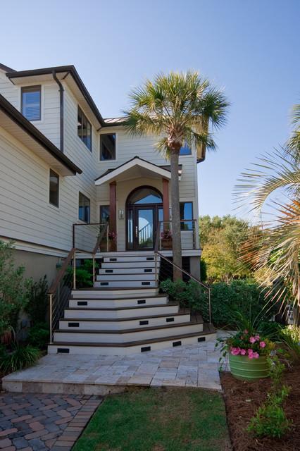 Modern island beach home exterior tropical exterior for Modern tropical house exterior