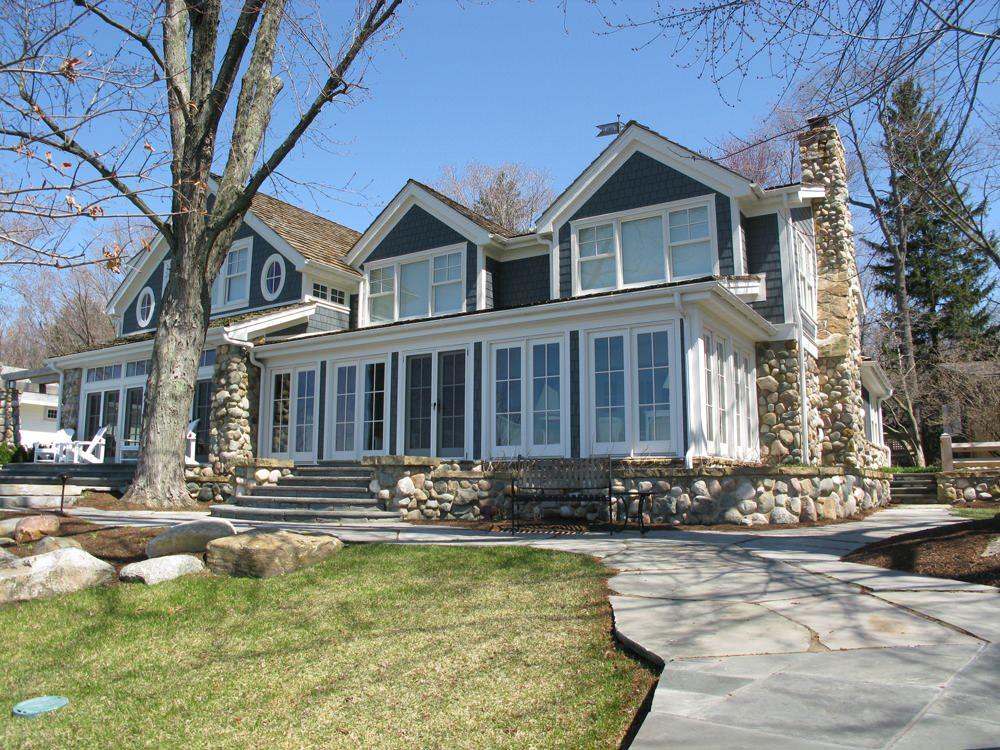 Modern Lake Cottage