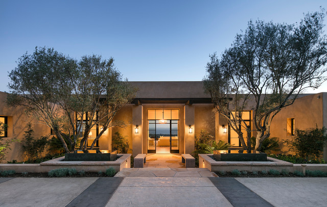 Modern luxury with a view american southwest exterior for Southwest contemporary homes