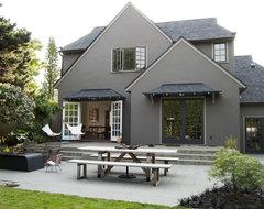 Modern Portland Landscape traditional-exterior