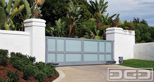 Gate W Steel Frame White Laminate Glass Panes Contemporary Exterior