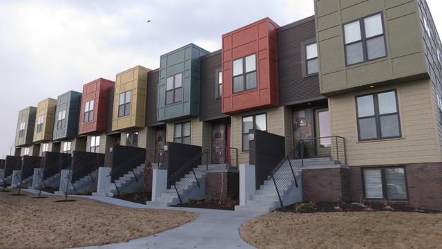 Modern Town Home In Village Gardens New Urbanist