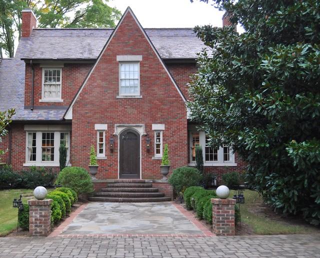 Modern tudor for Modern tudor house