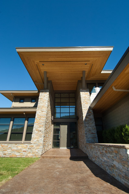 Modern view home by hillside contracting contemporary for Modern view homes