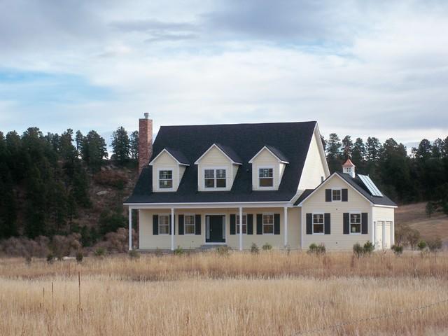 Modern yet Traditional Monument Farm House farmhouse-exterior