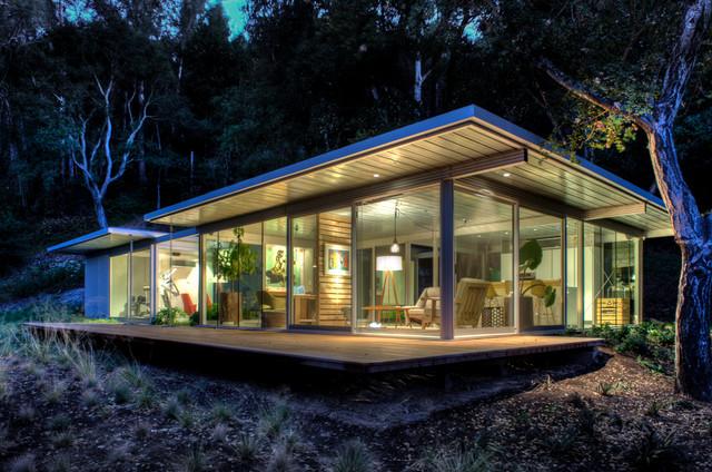 Modular glass guest house modern exterior san for Small glass house plans
