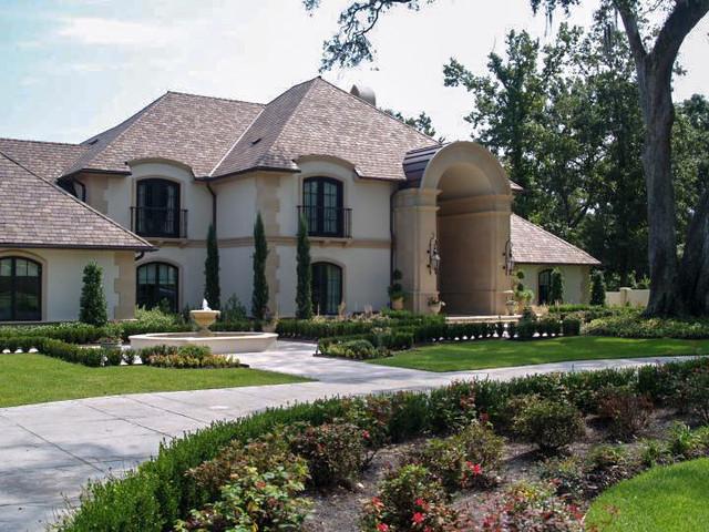 Moran Residence traditional-exterior