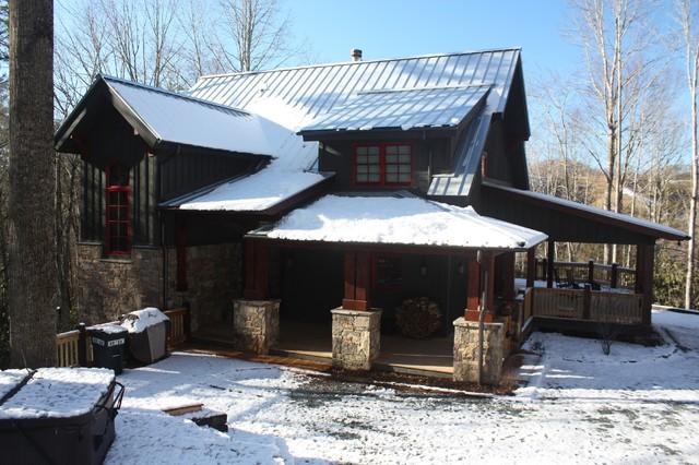 Moss creek barn owl north carolina high country custom for Moss creek home designs